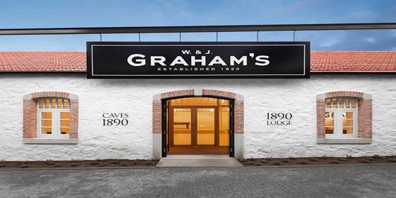 vertdevin-grahams-graham-port-wine-porto-une-lodge