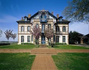 vertdevin-vignobles-lesgourgue-chateau-laubde-armagnac-art-mecenat-3