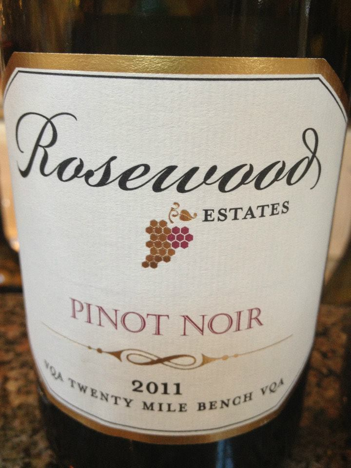 Rosewood Estates Winery – Pinot Noir 2011 – Twenty Mile Bench