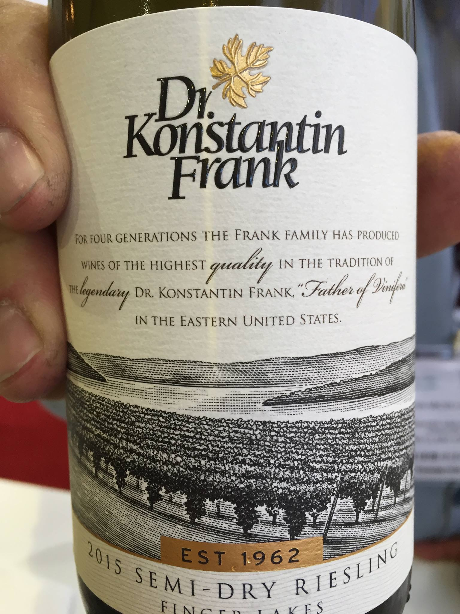 Dr. Konstantin Frank – Semi-Dry Riesling 2015 – Finger Lakes
