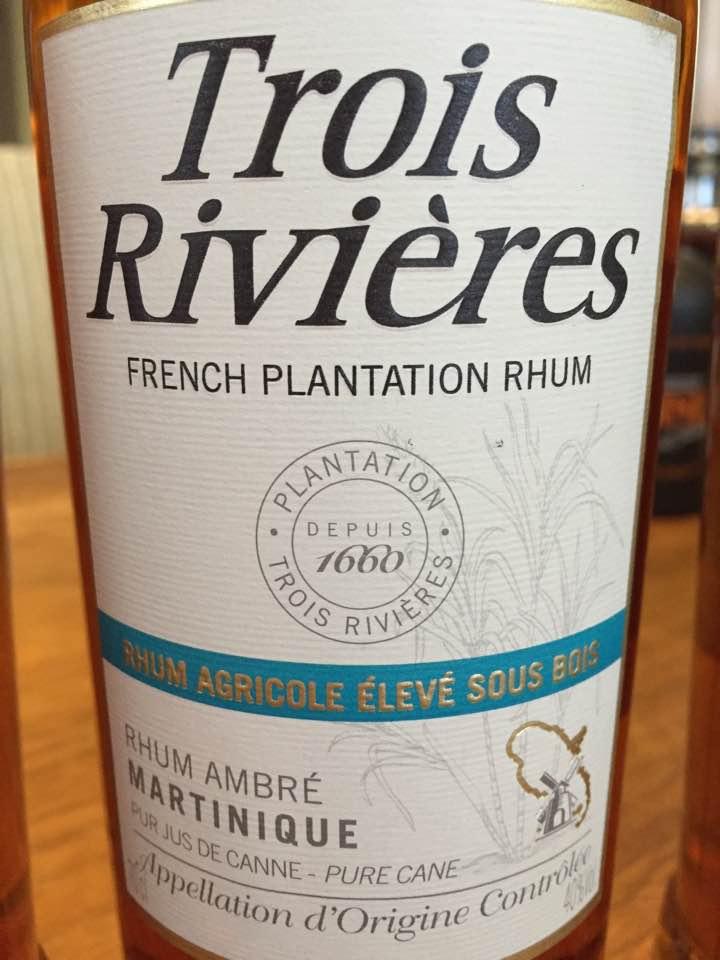 Trois Rivières – Rhum Agricole Élevé sous bois – Rhum Ambré – Martinique