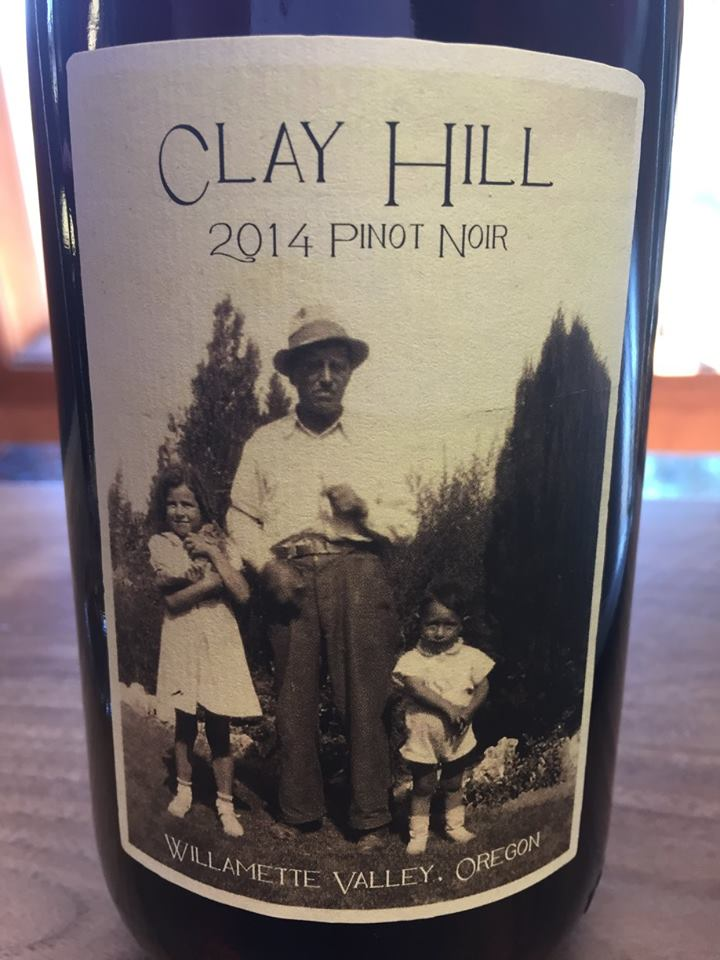 Clay Hill – De Ponte Cellars – 2014 pinot Noir – Willamette Valley